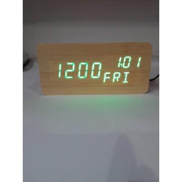 настоль. часы от сети и от бат. с ярко-зел.подсве/датч. темпер./дата и день недели в виде дерев.бруска VST-862W-4-