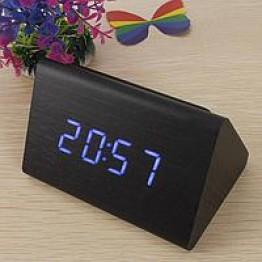 настольные часы с будильником от сети с синей подсветкой/датчиком темп/дата в виде дерев.бруска VST-864-5