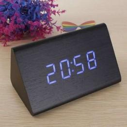 настольные часы от сети и от батареек в виде дерев.бруска с синей подсветкой/датчик температуры/дата VST-868-5