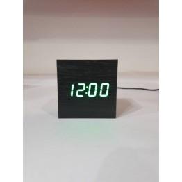 настольные часы декоративные от сети и от батареек с ярко-зеленой подсветкой в виде дерев.бруска VST-869-4