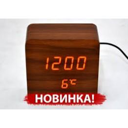 настольные часы от сети и от батареек в виде дерев.бруска с красной подсветкой/датчик темпер./дата VST-872-1