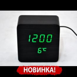 настольные часы от сети и от батареек в виде дерев.бруска с ярко-зеленой подсветкой/датчик темпер./дата VST-872-4